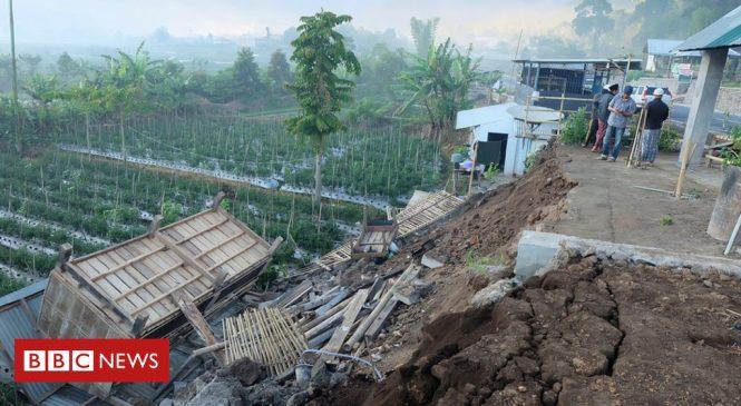 Indonesia earthquake: 13 dead on tourist island of Lombok
