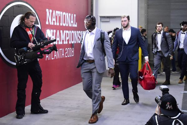 Chicago Bears GM 'optimistic' first-round pick Roquan Smith will be in camp