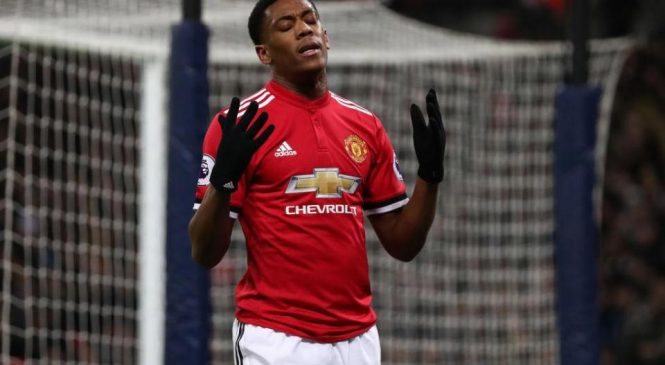 Chelsea transfer news: Blues 'working on deal to sign Anthony Martial from Manchester United'