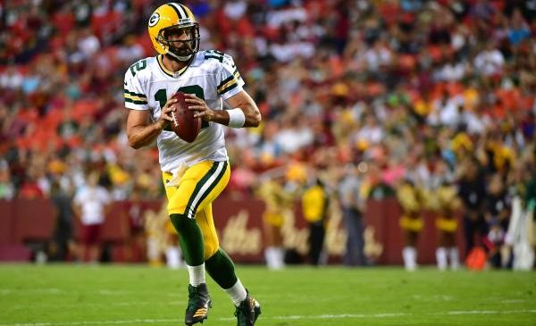 Green Bay Packers camp setup: Healthy Aaron Rodgers a must