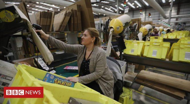 Amazon pays less tax despite profits rise