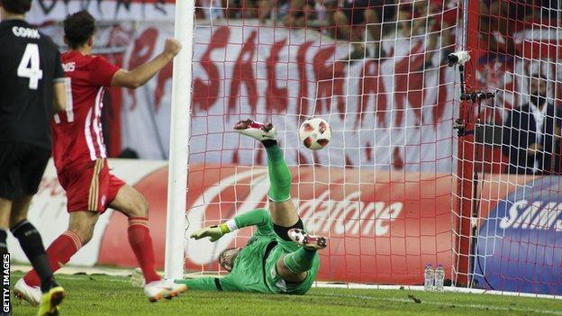 Tom Heaton fails to prevent Olympiakos scoring
