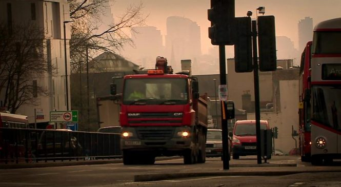 Low levels of air pollution linked to changes in the heart