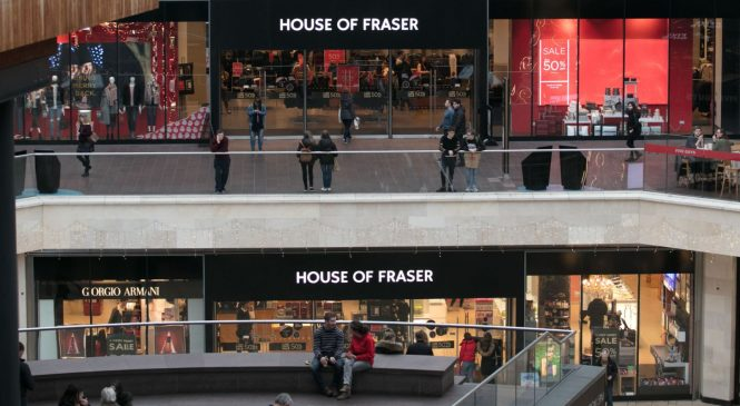 Billionaire Day weighs House of Fraser rescue bid