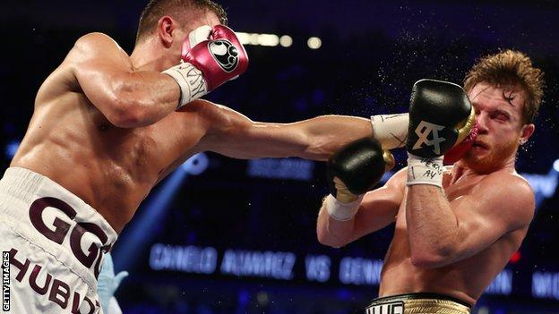 Golovkin's jab helped him win the opening round on all three cards