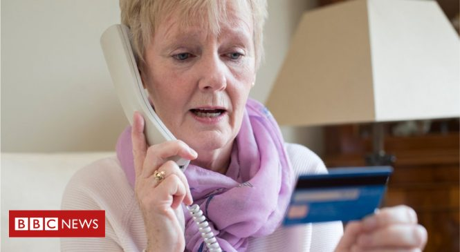 Scammers steal half a billion pounds from UK banking customers
