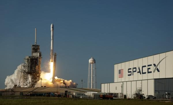 SpaceX's Falcon 9 launches powerful telecom satellite into orbit