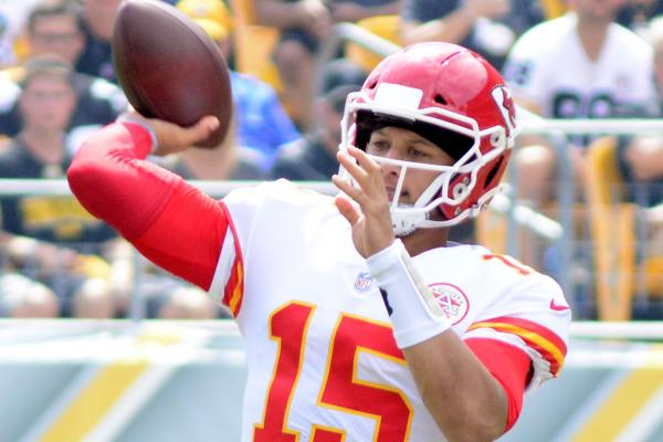 Week 2 NFL Roundup, Scores: Kansas City Chiefs outlast Pittsburgh Steelers