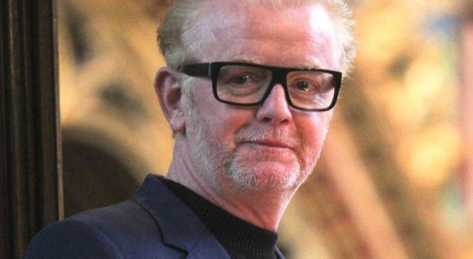 Chris Evans to leave Radio 2 for Virgin Radio