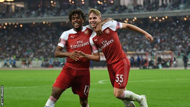 Smith Rowe nets maiden Arsenal goal as Gunners make it eight wins in a row