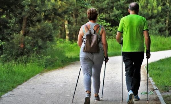 Physical activity lowers death risk from heart disease, study says