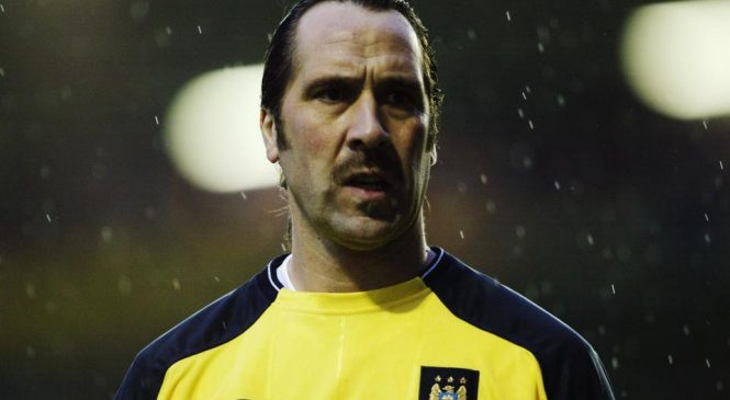 'Manchester City are still playing catch-up on Manchester United – you can't forget history', says former Blues goalkeeper David Seaman