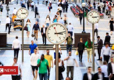 UK unemployment edges higher