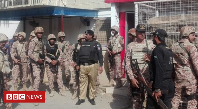Karachi attack: Four killed as gunmen try to storm China consulate