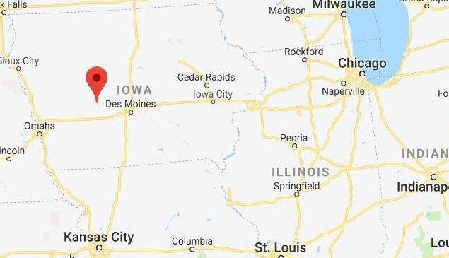 Four die in Iowa plane crash after pilot aparently had heart attack