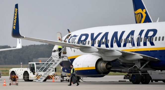 France impounds Ryanair plane on tarmac before take-off
