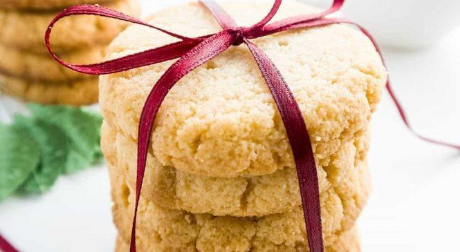 9 Keto Christmas Cookie Recipes Even Santa Will Love