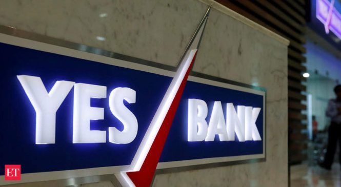 Yes Bank's Rana Kapoor in talks with Madhu Kapur for truce