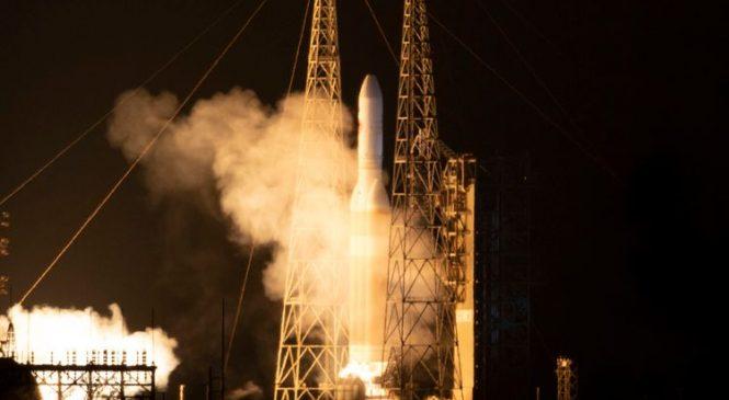 Record-breaking NASA probe nears sun