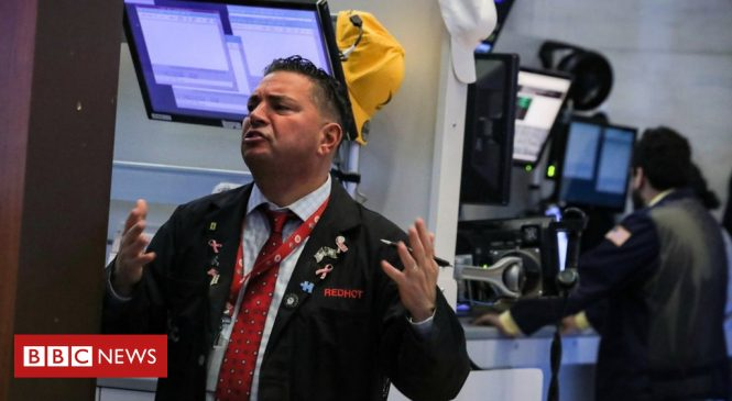 Wall Street shares dive amid growth fears