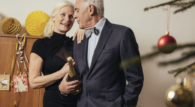 Ring in 2019 with these 6 basic financial resolutions for retirement