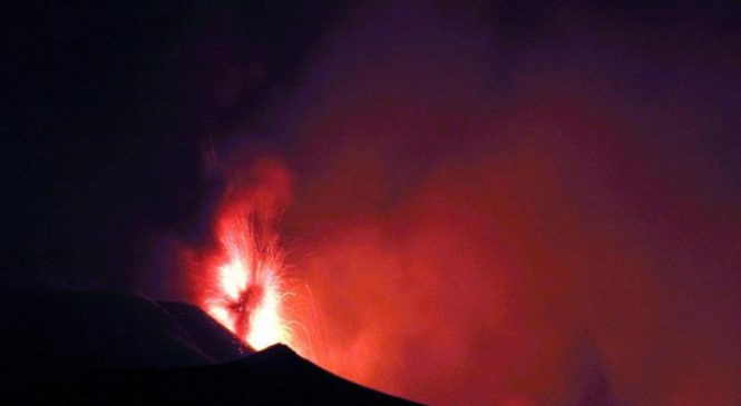Etna volcano wakes up in Italy producing quakes, column of ash