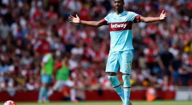 West Ham United launch investigation into 'theft' as Reece Oxford allegedly has watch stolen at academy headquarters