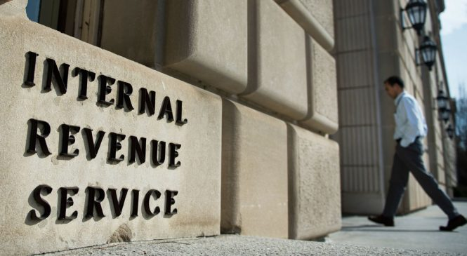 Federal shutdown means tax refund delays and no IRS customer service