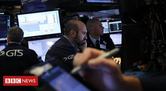 US stocks fall as China fears trigger gloom