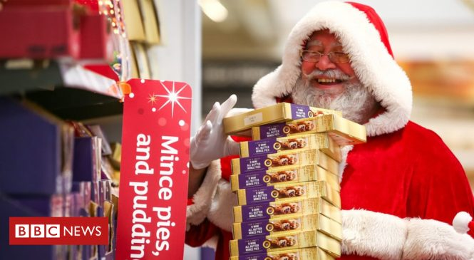 Sainsbury's sees retail sales fall 1.1% over Christmas