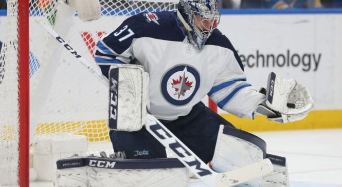 Connor Hellebuyck, Winnipeg Jets cruise past Nashville Predators