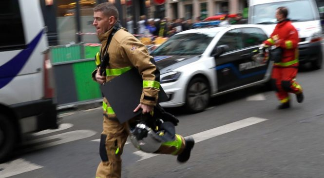 3 dead, dozens injured in Paris bakery gas leak explosion
