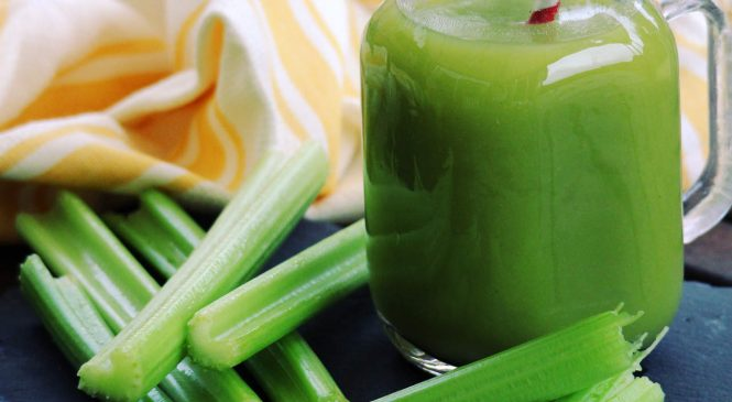 Is Celery Juice Actually Healthy? Here's What a Nutritionist Thinks