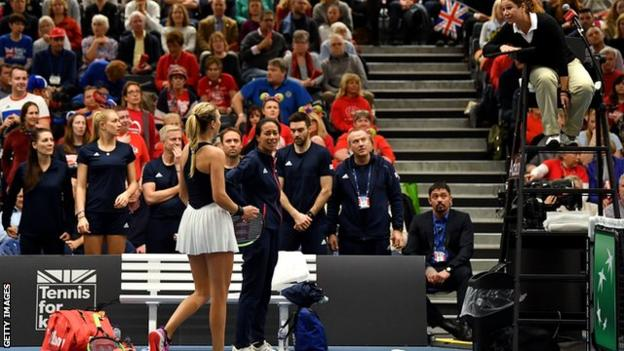 Katie Boulter and Anne Keothavong complain to the umpire