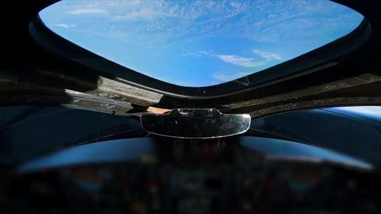 Virgin Galactic commercial test flight obits above Earth