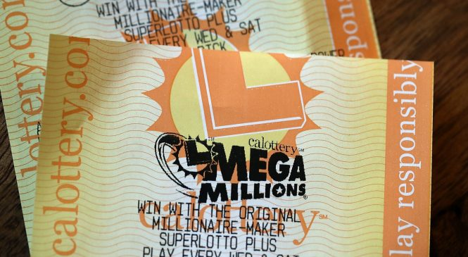Someone hit the $267 million Mega Millions jackpot. Here's the tax bite