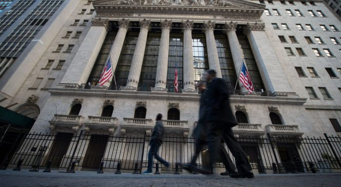 Key data could end or defend recession fears as stocks notch best quarter in a decade