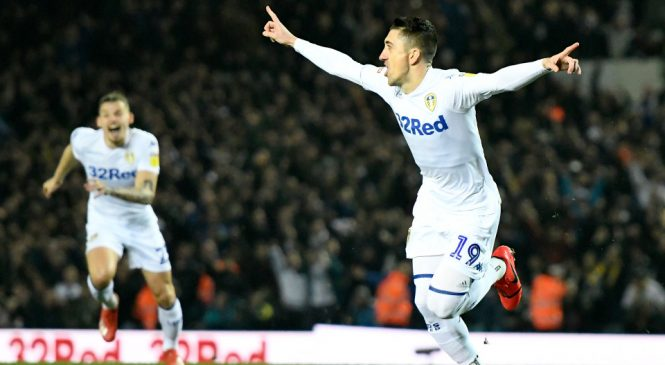 Leeds United 4-0 West Bromwich Albion: Patrick Bamford double and Pablo Hernandez scorcher help Marcelo Bielsa's men return to the top of the Championship