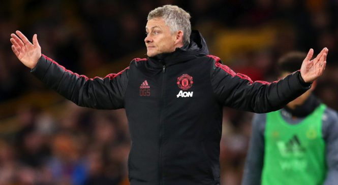 Liverpool, Arsenal and Chelsea fans laugh as Wolves 'bully' Manchester United with 'ole' chant