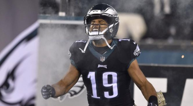 WR Golden Tate inks a deal with the New York Giants