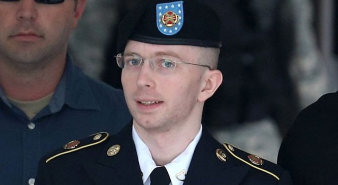 Chelsea Manning jailed for refusing to testify at WikiLeaks inquiry