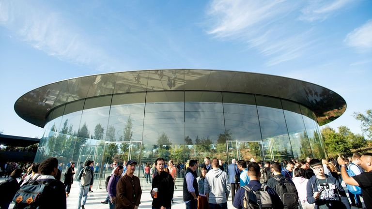 Attendees gather for a product launch event at Apple's Steve Jobs Theater on September 12, 2018, in Cupertino, California. - New iPhones set to be unveiled Wednesday offer Apple a chance for fresh momentum in a sputtering smartphone market as the California tech giant moves into new products and services to diversify.Apple was expected to introduce three new iPhone models at its media event at its Cupertino campus, notably seeking to strengthen its position in the premium smartphone market a yea