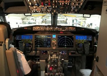 Boeing 737 MAX pilots scoured manual in minutes before crash