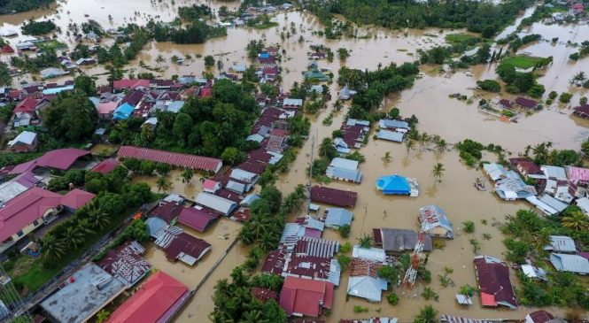 Flooding, landslides kill at least 17, displace 12,000 on Indonesian island