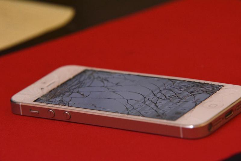 No more broken phone screens: New see-through film is stronger than aluminum