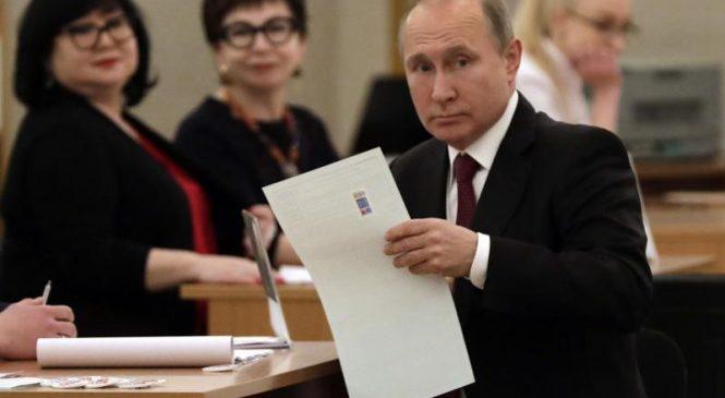 U.S. condemns Putin's decree pushing Russian citizenship for Ukrainians