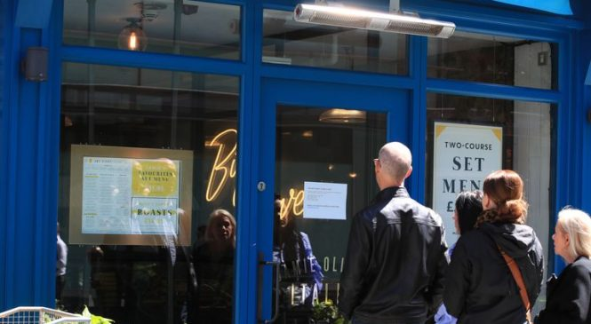 'Devastated': 1,000 redundancies as Jamie Oliver restaurant chain collapses