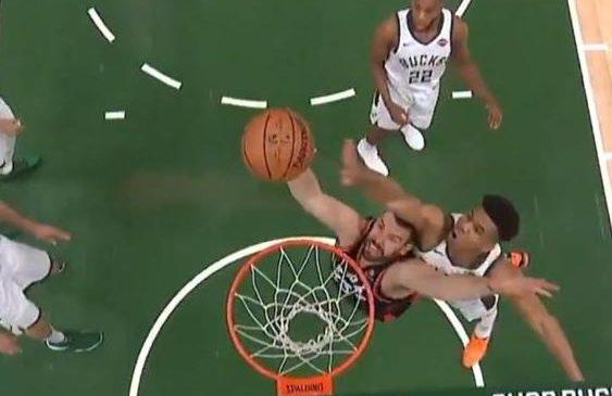 Watch: Bucks' Giannis Antetokounmpo rejects Raptors' Marc Gasol with powerful block
