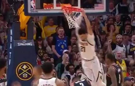 Watch: Denver Nuggets' Jamal Murray throws down thunderous putback dunk