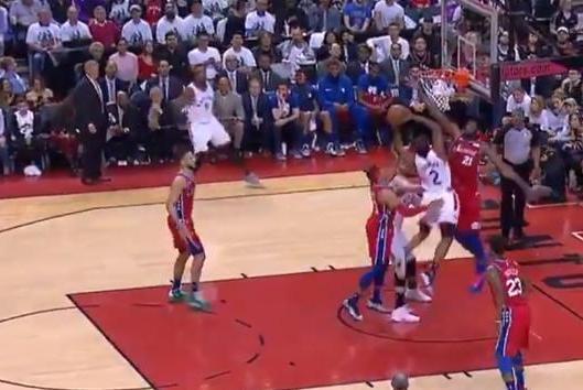 Watch: Toronto Raptors' Kawhi Leonard converts acrobatic layup over 76ers' Joel Embiid